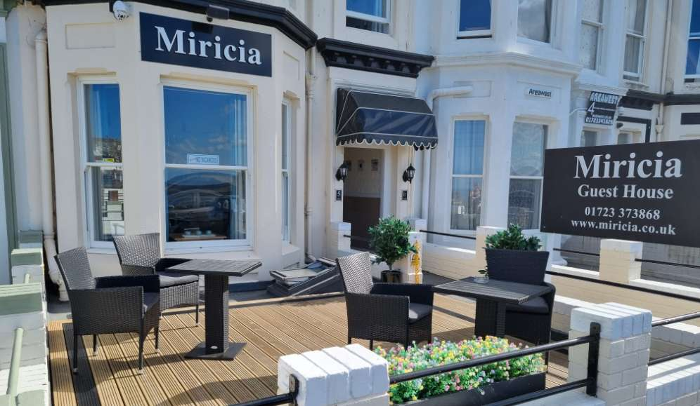 Miricia guest house - Bed and Breakfast Scarborough